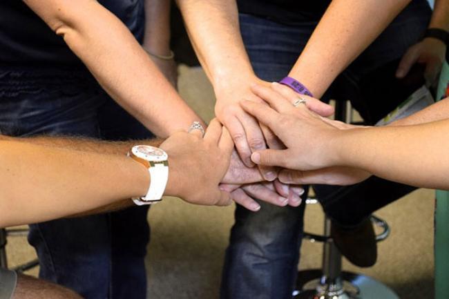 handen-team-samenwerken